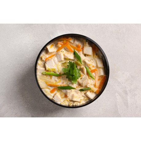 Суп Тайский с рисовой лапшой и индейкой